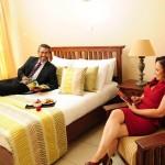 deluxe-bedroom