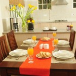 standard-dining-table